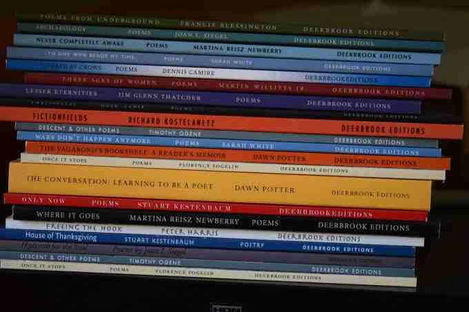 DE book spines